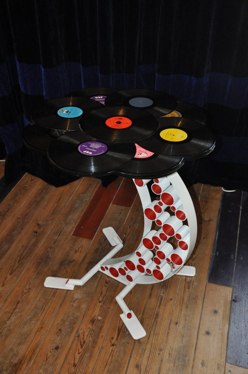 Henkst - meubelen - LP bijzettafel